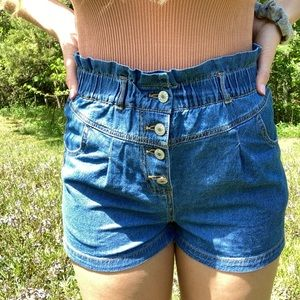 High rise ruffle waist short shorts